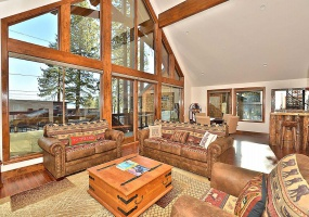 992 Lakeview Avenue,South Lake Tahoe,Nevada,United States 96150,5 Rooms Rooms,4 BathroomsBathrooms,House,Lakeview Avenue,1018