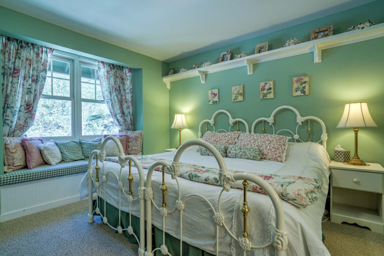 168 Granite Springs Dr,Stateline,Nevada,United States 89449,6 Rooms Rooms,4 BathroomsBathrooms,House,Granite Springs Dr,1024